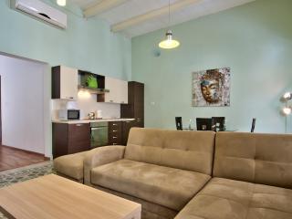 018 Spacious Sliema 1-bedroom Apartment - Sliema vacation rentals