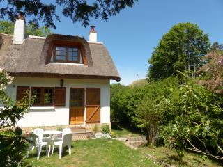 2 bedroom Cottage with Internet Access in Saint-Jouin-Bruneval - Saint-Jouin-Bruneval vacation rentals