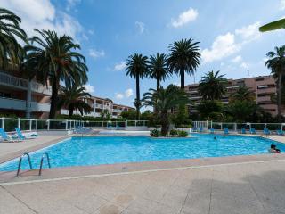 Elegante appartamento vista mare,piscina,tennis - Golfe-Juan Vallauris vacation rentals
