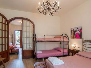 Home holiday Butterfly - San Quirico di Moriano vacation rentals