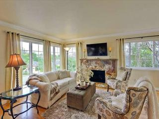 5 BR Forest Grandeur Estate RW City - Redwood City vacation rentals
