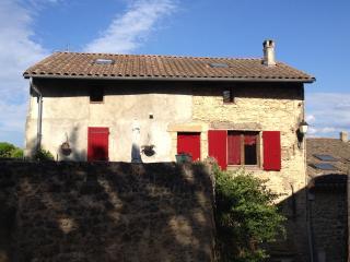 A Grane chambre dans maison de village - Grane vacation rentals