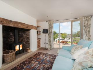 Vine Cottage located in Modbury, Devon - Modbury vacation rentals