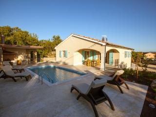 Villa Lipa on the island Krk, with pool - Kras vacation rentals
