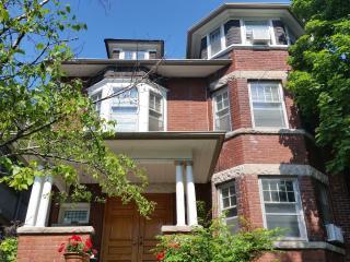 Bright 1 bedroom Apartment in Toronto - Toronto vacation rentals