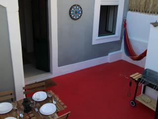 Little House in Center of Porto - Porto vacation rentals