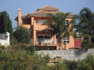luxury 4 Bed Detached Villa Pool Mijas Fuengirola. - Mijas vacation rentals