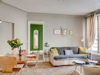Apartment Bertin vacation holiday apartment rental france, paris, 1st - 1st Arrondissement Louvre vacation rentals
