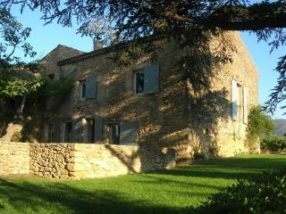 Mas Silk villa in Provence, St. Remy villa to let, villa in provence for rent - Puyvert vacation rentals