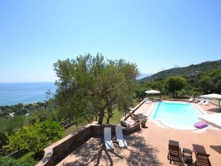 Villa Cilento villa for rent on Amalfi coast, villa near Salerno, villa view Amalfi , walk to town villa, villa with pool to let Italy - Villammare vacation rentals