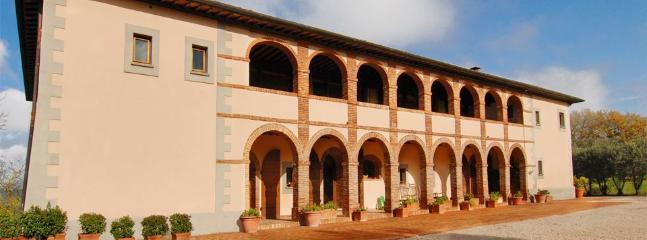 Villa Sinalunga holiday vacation large luxury villa rental italy, tuscany - Image 1 - Siena - rentals