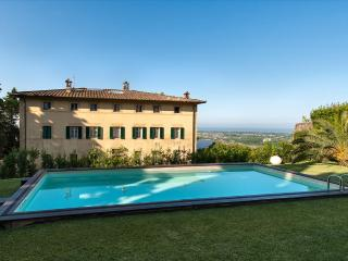 Villa Versilian holiday vacation large villa italy, tuscany, lucca - Pietrasanta vacation rentals