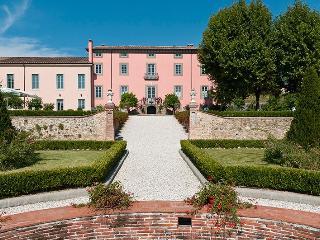Villa Ambrosia holiday vacation villa rental italy, tuscany, lucca, wedding - Capannori vacation rentals