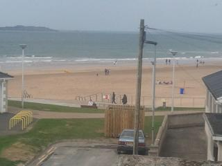 Portrush -Family holiday home at east strand beach - Portrush vacation rentals