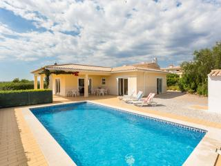 Vila Atlantico, 3 bedroom - private pool & BBQ. - Lagos vacation rentals