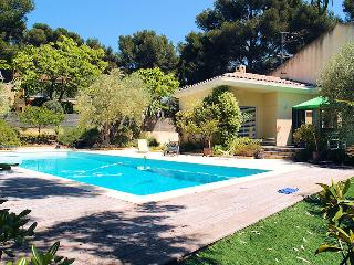 Sanary Sanary-s/Mer Var, Modern Villa 6p 0.6 ml from the beach - Sanary-sur-Mer vacation rentals