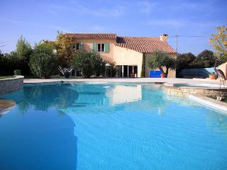 Pertuis South Luberon, Comfortable villa 8p private pool - Le Paradou vacation rentals