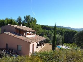La Cadiere d'Azur Var, Superb villa 9p, Private pool, 3ml from the beaches - La Cadiere d'Azur vacation rentals