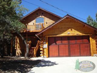 Villa Grove Lodge - 3 Bedroom Vacation Rental in Big Bear Lake - Big Bear Lake vacation rentals