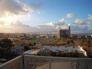 City Life - San Diego Style - Pacific Beach vacation rentals