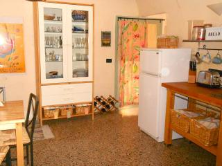 House in Capestrano with garden, parking and views - Capestrano vacation rentals