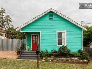 Xeriscape to Hip East ATX Bungalow - Austin vacation rentals