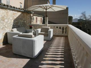 Nice Chalet with Deck and Internet Access - Porreres vacation rentals