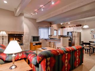 2 bedroom Apartment with Internet Access in Ketchum - Ketchum vacation rentals
