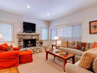 Bright 3 bedroom Sun Valley House with Dishwasher - Sun Valley vacation rentals