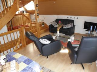 Vacation Apartment in Paderborn - 646 sqft, comfortable, WiFi, big yard (# 2432) - Paderborn vacation rentals