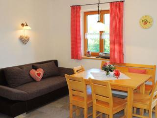 Vacation Apartment in Lenggries - 581 sqft, new, high quality, comfortable (# 8538) - Lenggries vacation rentals