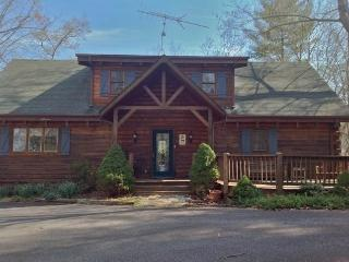 Lovely 3 bedroom Ferguson House with Deck - Ferguson vacation rentals