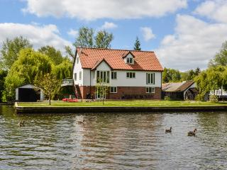 The Willows Wroxham - Wroxham vacation rentals