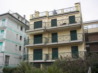 Union bilocale in condominio fronte mare - Caorle vacation rentals