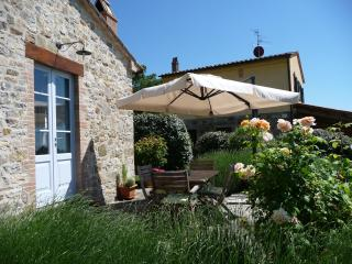 Restful Tuscan retreat, lovely garden, great views - Roccalbegna vacation rentals