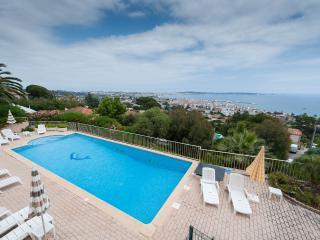 Villa 19 - Golfe-Juan Vallauris vacation rentals