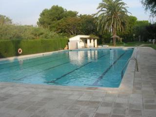 Amazing House Alorda Park Piscina - 4 rooms - Calafell vacation rentals