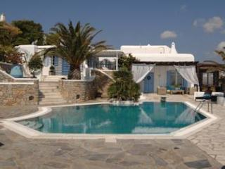 Nice Villa with Internet Access and A/C - Psarou vacation rentals