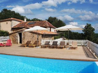 Nice House with Internet Access and A/C - Manzac-sur-Vern vacation rentals