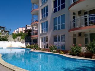 1 bed apartment for 5,  Albena Beach - Kranevo vacation rentals
