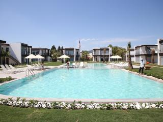 Beautiful 4 bedroom Apartment in Ortakent with Dishwasher - Ortakent vacation rentals