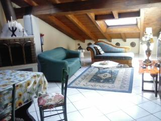 2 bedroom Apartment with Short Breaks Allowed in San Massimo - San Massimo vacation rentals