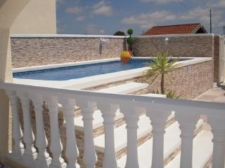 Private Luxury Holiday Villa and Pool located between La Marina & San Fulgencio. - San Fulgencio vacation rentals