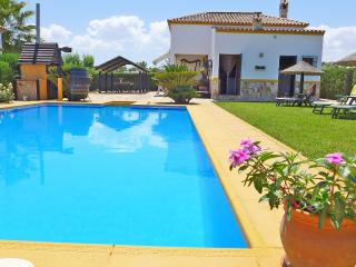Casa Margaret, countryside of Seville - La Puebla de Cazalla vacation rentals