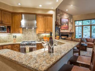 4 bedroom House with Internet Access in Beaver Creek - Beaver Creek vacation rentals