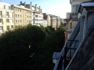 2 pièces tout confort Paris 16 - Paris vacation rentals