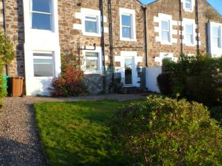 Lovely 3 bedroom Newport-on-Tay Apartment with Internet Access - Newport-on-Tay vacation rentals