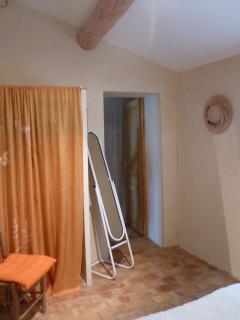 Bright 2 bedroom Banon Gite with Internet Access - Banon vacation rentals