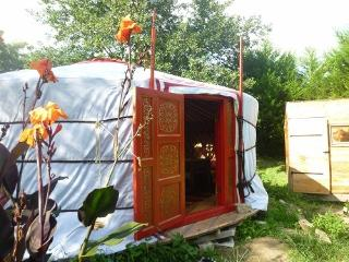 Romantic 1 bedroom Josse Yurt with Parking - Josse vacation rentals