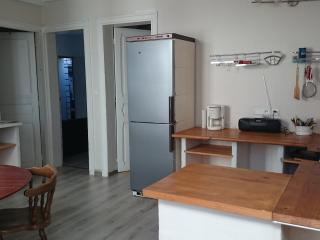 2 bedroom Apartment with Balcony in Bayonne - Bayonne vacation rentals